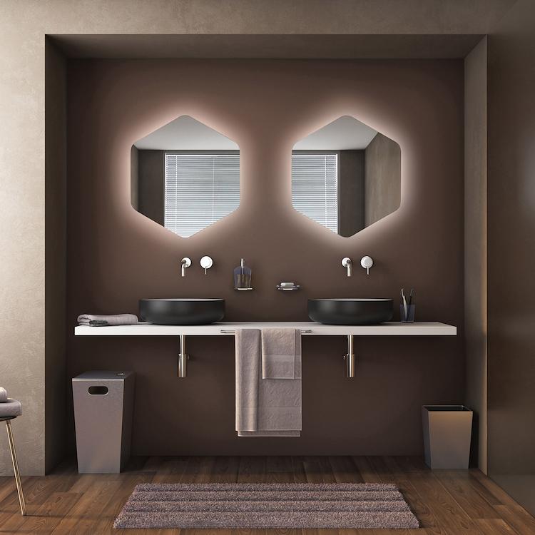 Specchiera del bagno